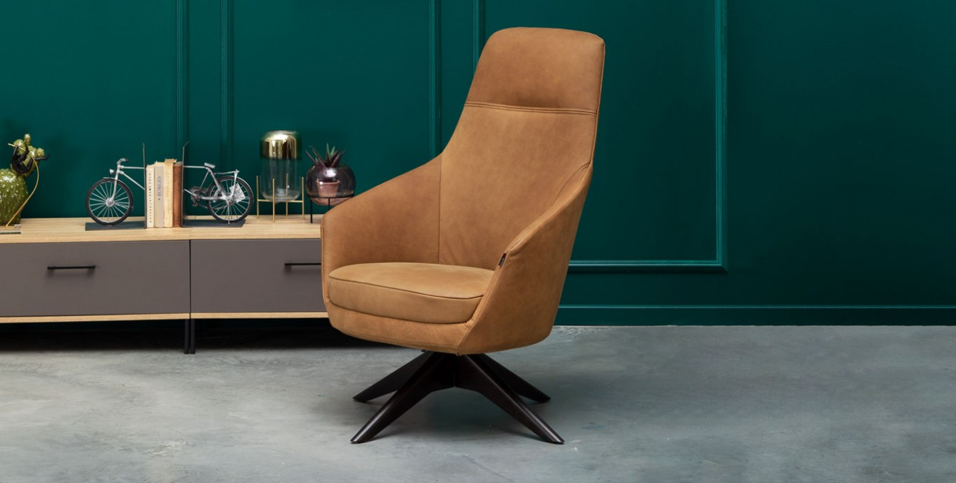 Foteliai-fotelis-cognac-1